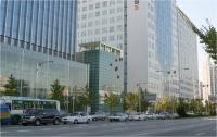 21_1-install-a-ladybug-ilsan-hanaro-building2004.jpg